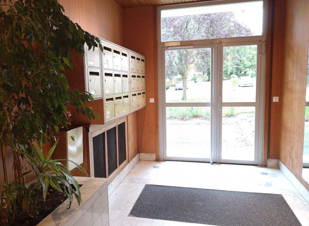 Appartement à vendre 4 86.85m2 à Senlis vignette-9
