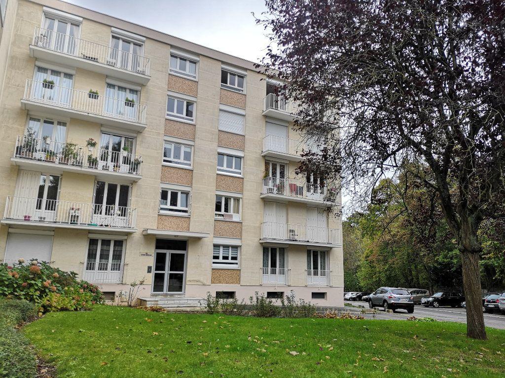 Appartement à vendre 4 86.85m2 à Senlis vignette-10