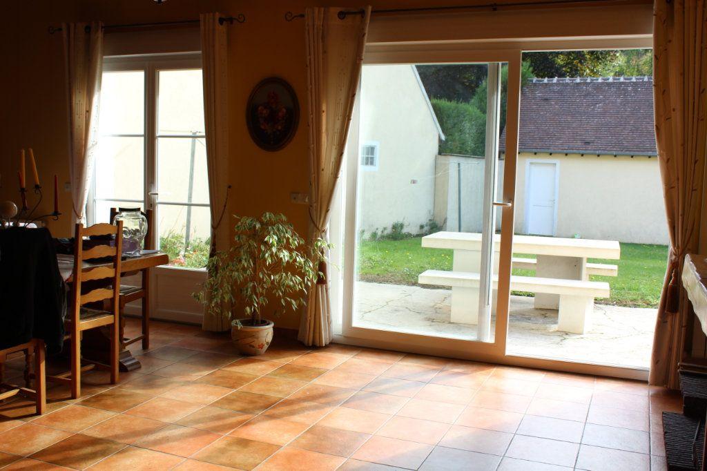 Maison à vendre 6 151m2 à Fleurines vignette-3