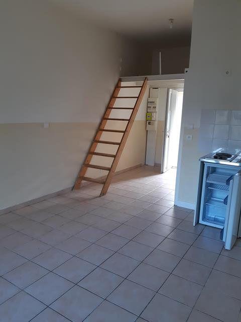 Appartement à louer 1 22.46m2 à Oissery vignette-1