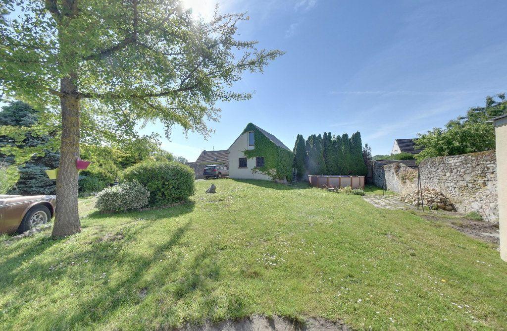 Maison à vendre 7 200m2 à Villeneuve-sur-Verberie vignette-2