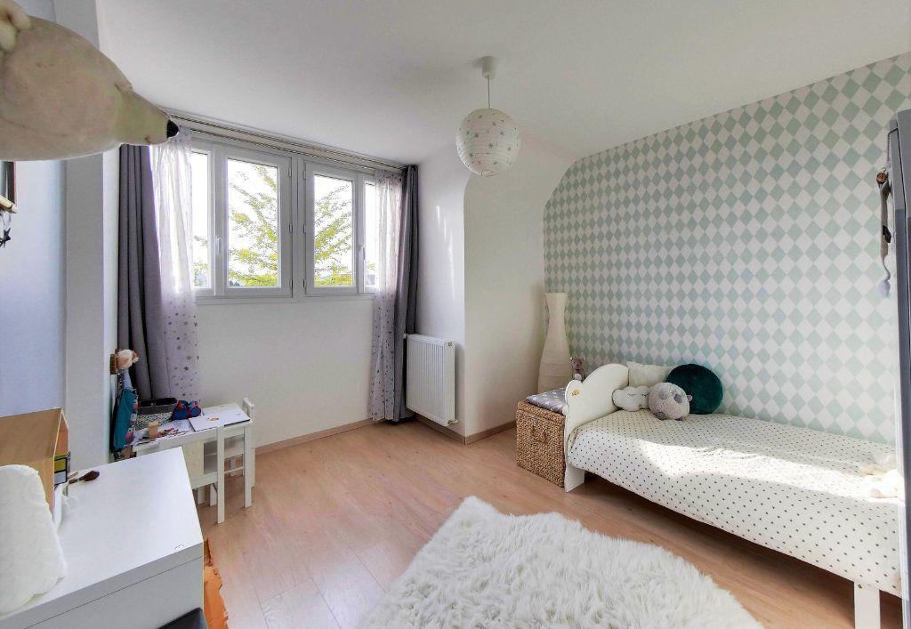 Maison à vendre 7 200m2 à Villeneuve-sur-Verberie vignette-6