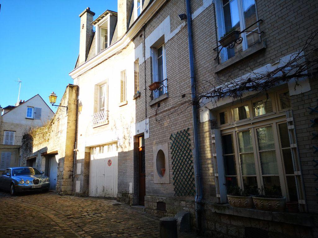 Appartement à vendre 3 78.1m2 à Senlis vignette-2
