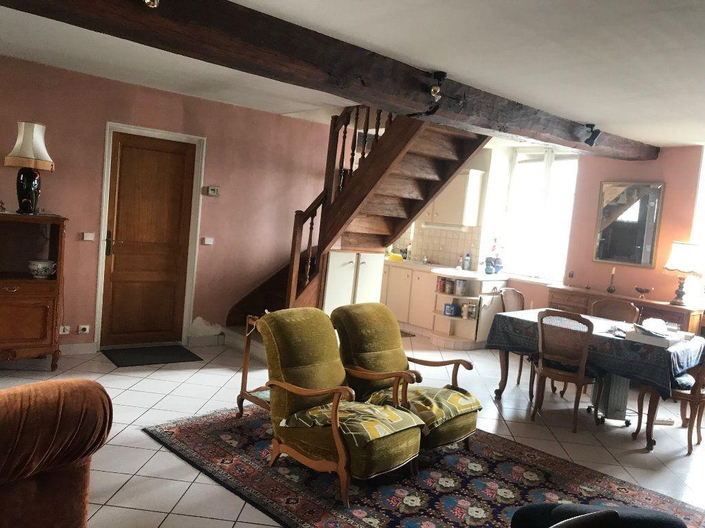 Appartement à vendre 3 80m2 à Senlis vignette-3