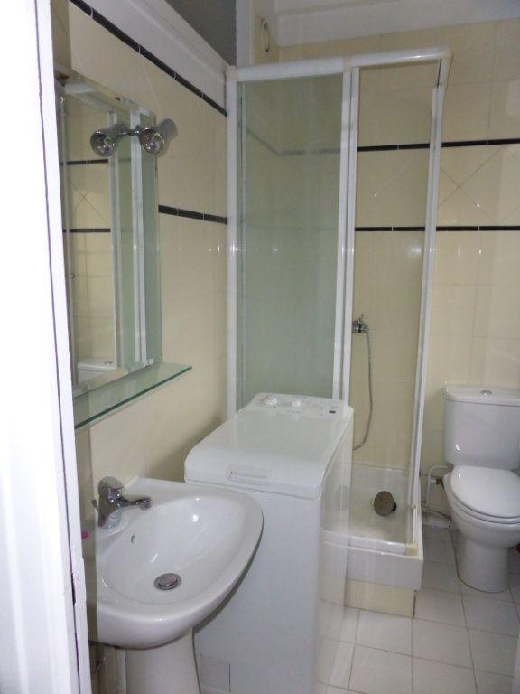 Appartement à louer 1 22.1m2 à Senlis vignette-3