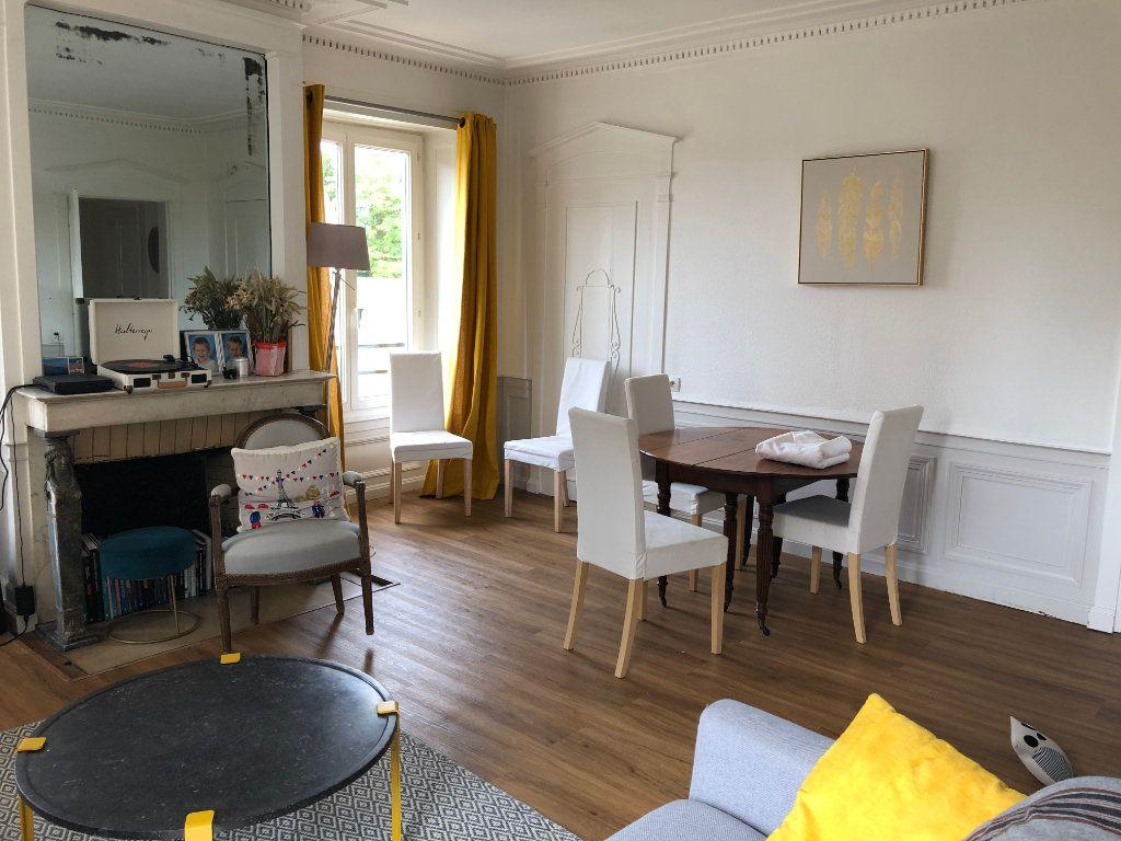 Appartement à louer 5 116.97m2 à Senlis vignette-2