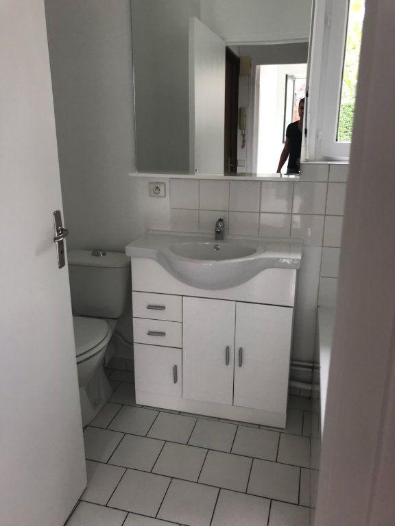 Appartement à louer 2 33.51m2 à Moussy-le-Vieux vignette-4