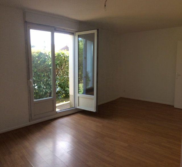 Appartement à louer 1 31.5m2 à Longperrier vignette-5