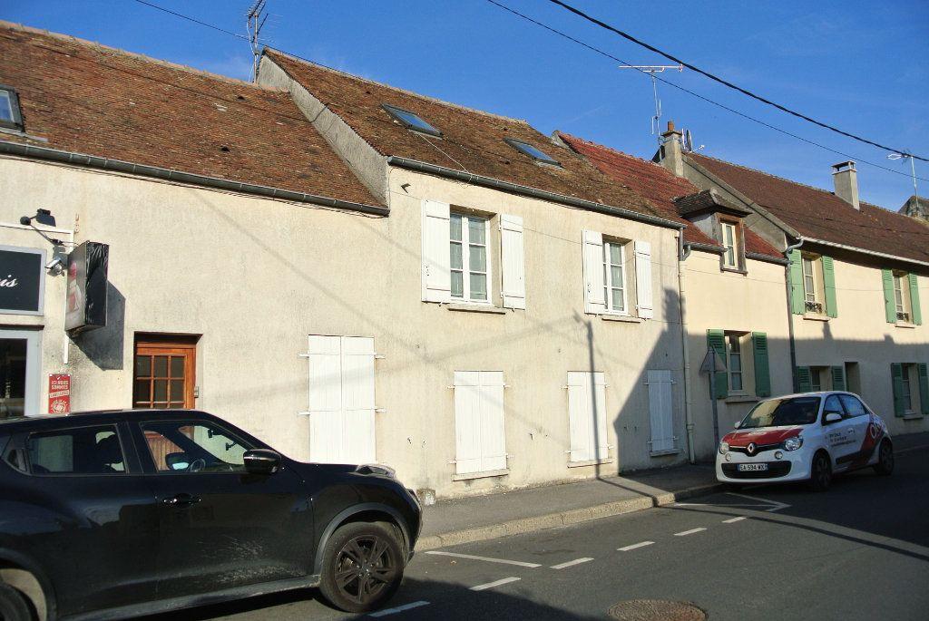 Appartement à louer 1 24.61m2 à Thiers-sur-Thève vignette-4
