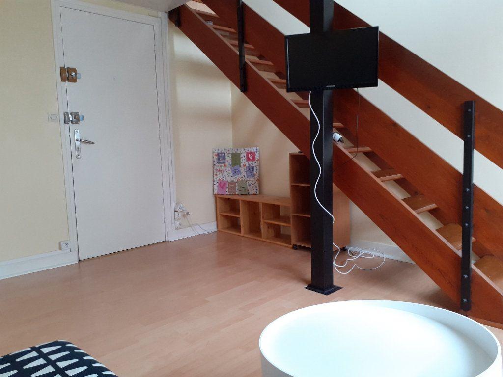 Appartement à louer 1 19.91m2 à Senlis vignette-5
