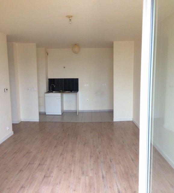 Appartement à louer 2 44.51m2 à Othis vignette-1