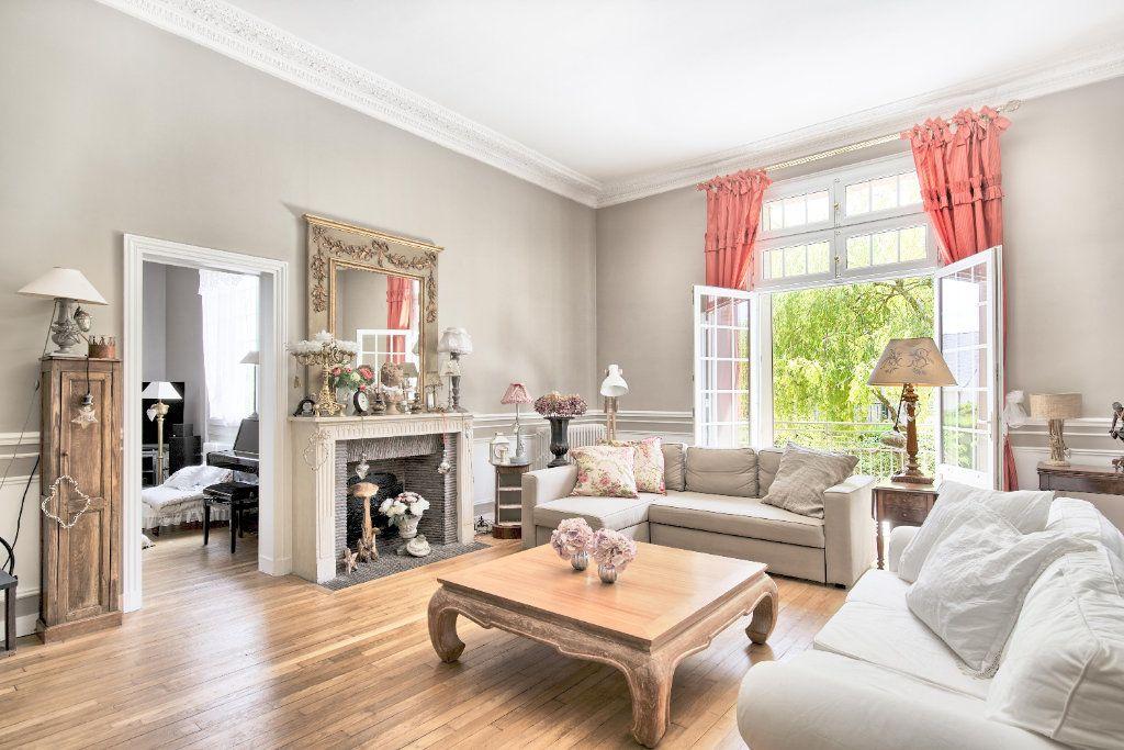 Maison à vendre 12 363m2 à Senlis vignette-2
