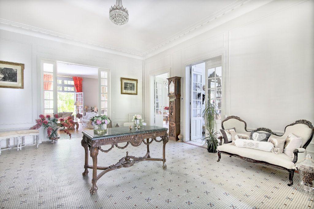 Maison à vendre 12 363m2 à Senlis vignette-4
