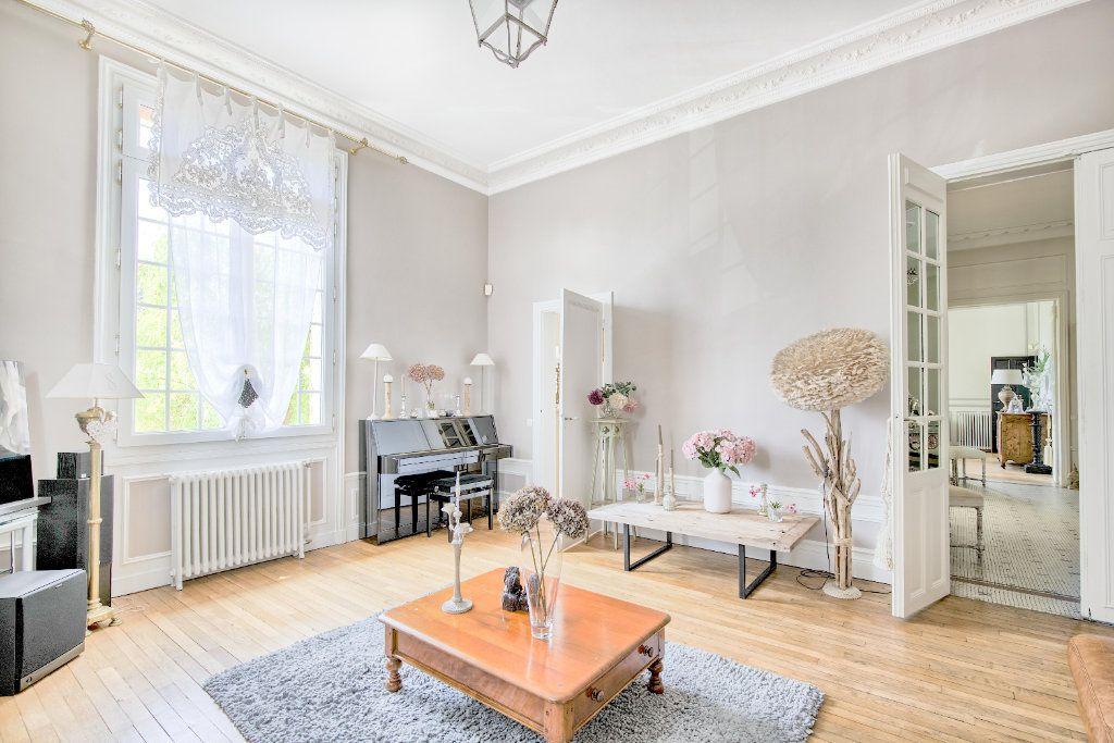 Maison à vendre 12 363m2 à Senlis vignette-6