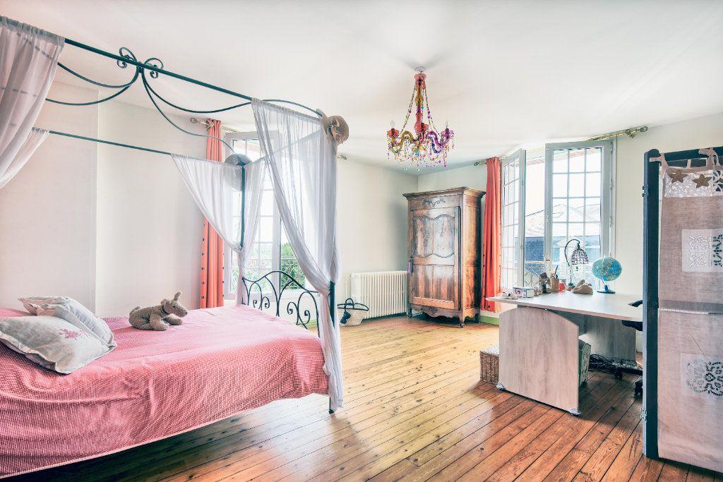 Maison à vendre 12 363m2 à Senlis vignette-8