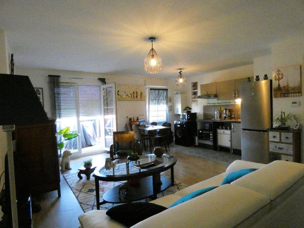 Appartement à vendre 2 51.75m2 à Champagne-sur-Oise vignette-3