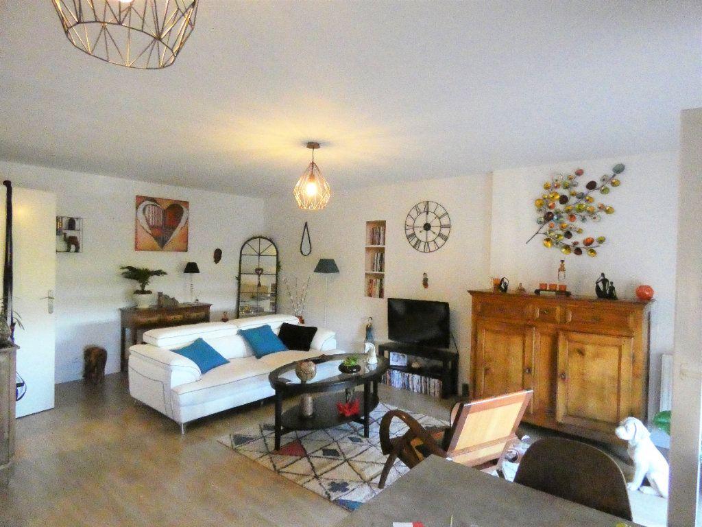 Appartement à vendre 2 51.75m2 à Champagne-sur-Oise vignette-4