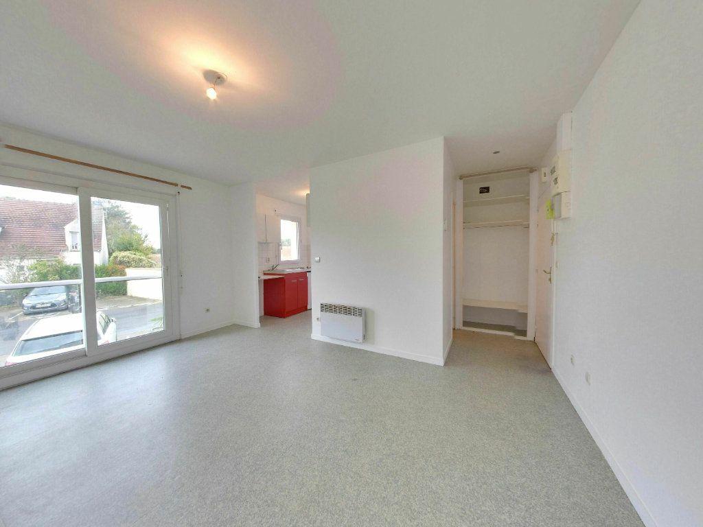 Appartement à vendre 1 25.72m2 à Moussy-le-Vieux vignette-1