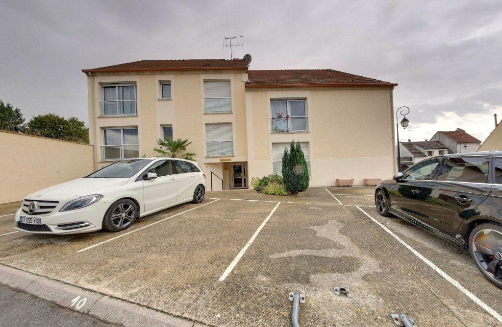 Appartement à vendre 1 25.72m2 à Moussy-le-Vieux vignette-4