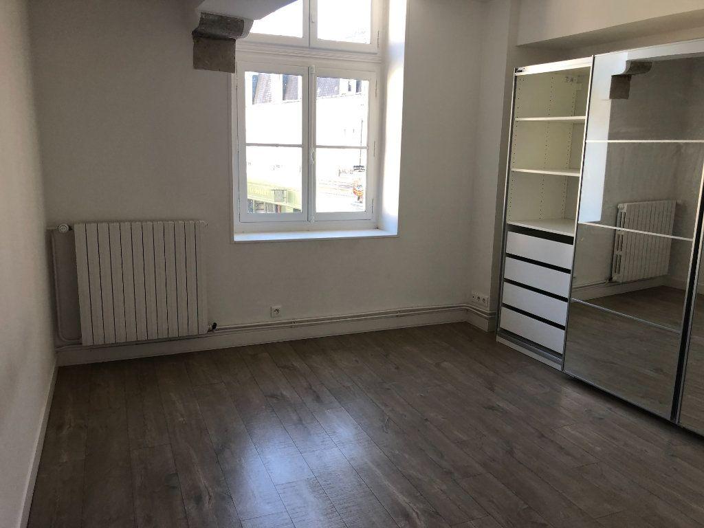 Appartement à louer 3 84.3m2 à Senlis vignette-4