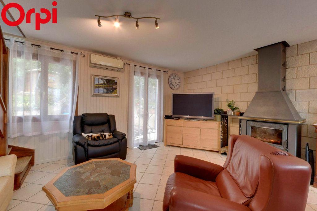 Maison à vendre 8 116.44m2 à Montgé-en-Goële vignette-1