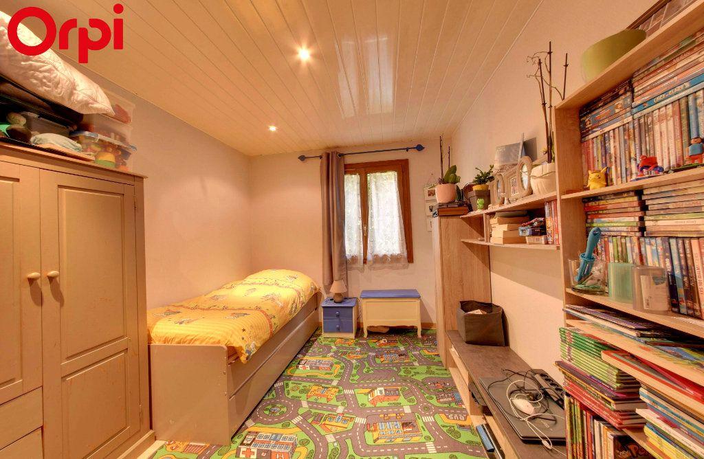 Maison à vendre 8 116.44m2 à Montgé-en-Goële vignette-3