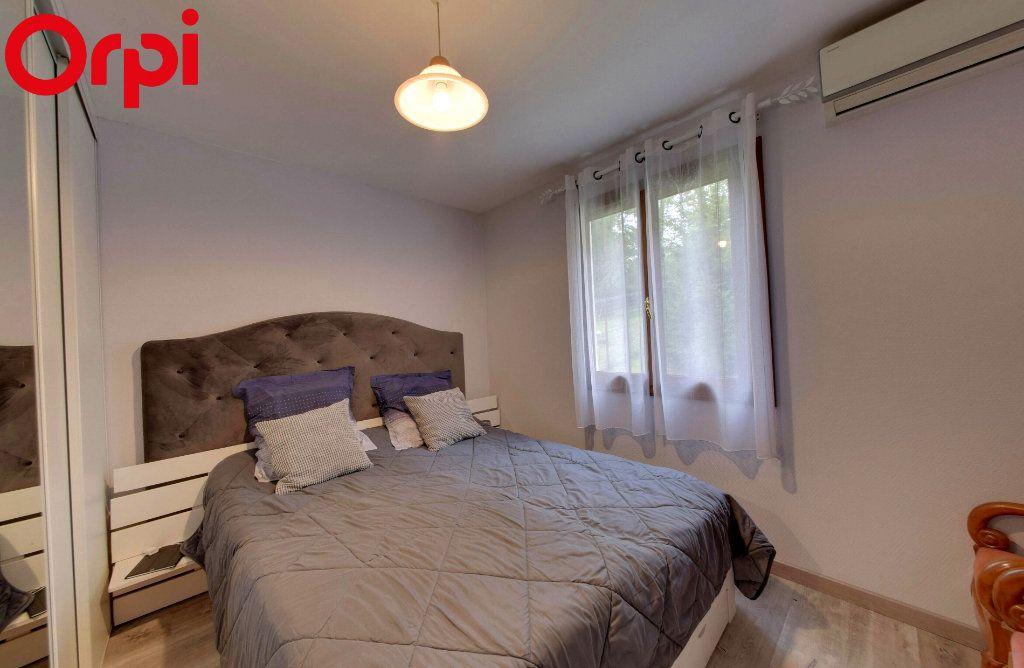 Maison à vendre 8 116.44m2 à Montgé-en-Goële vignette-5