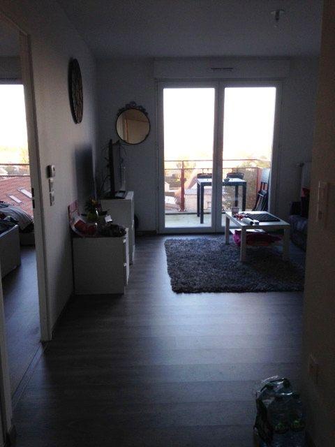 Appartement à louer 2 41.9m2 à Dammartin-en-Goële vignette-2