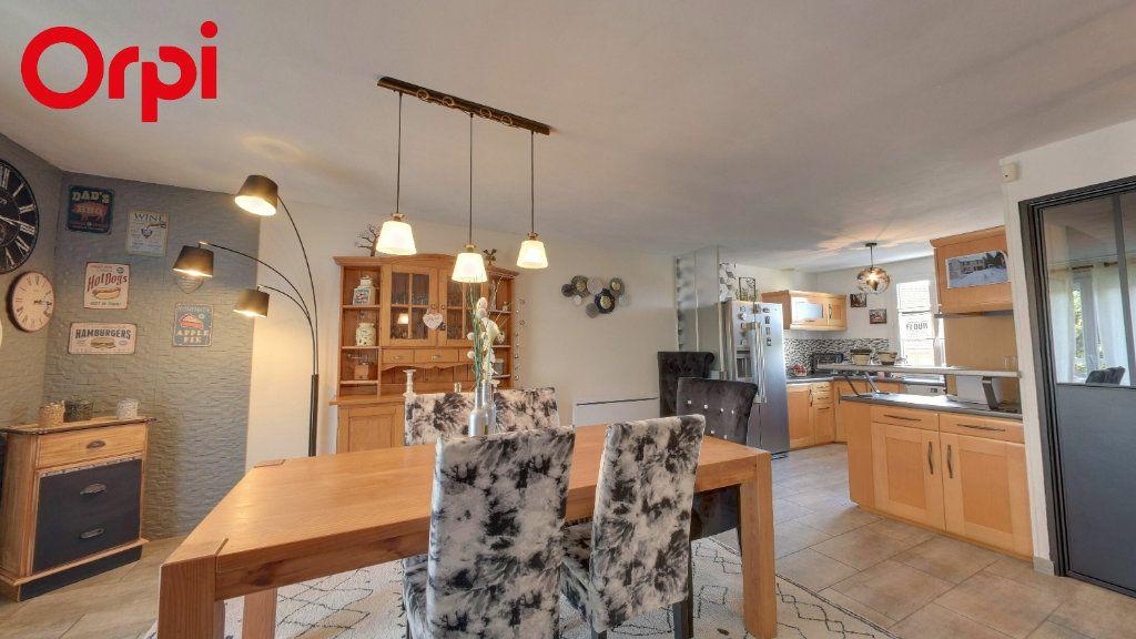 Maison à vendre 6 120m2 à Longperrier vignette-2