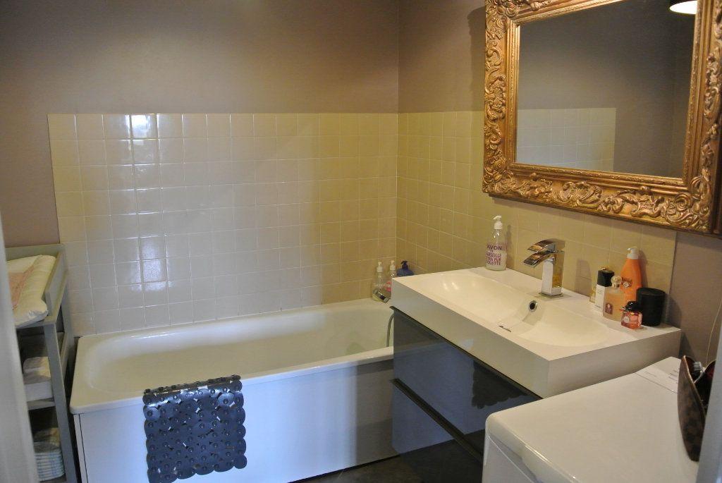 Appartement à louer 3 70m2 à Senlis vignette-7