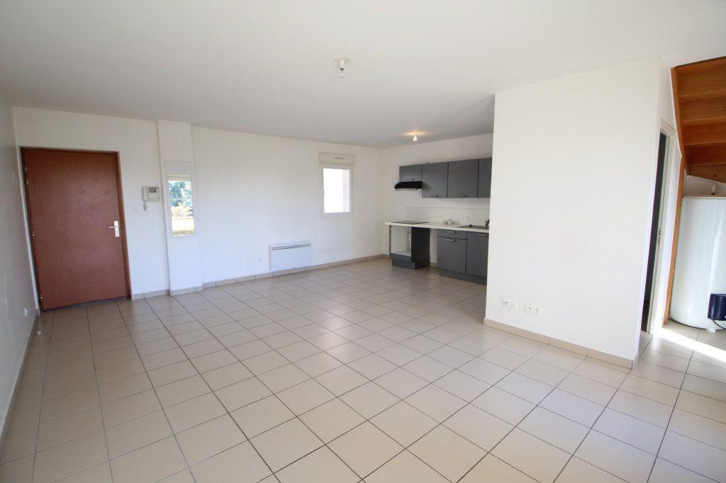 Appartement à vendre 3 66m2 à Silly-le-Long vignette-2