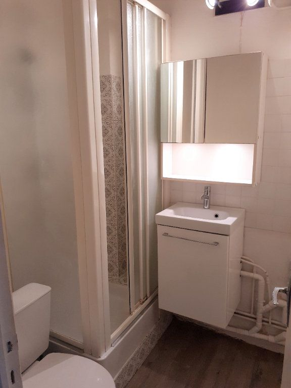 Appartement à louer 1 25.83m2 à Senlis vignette-3
