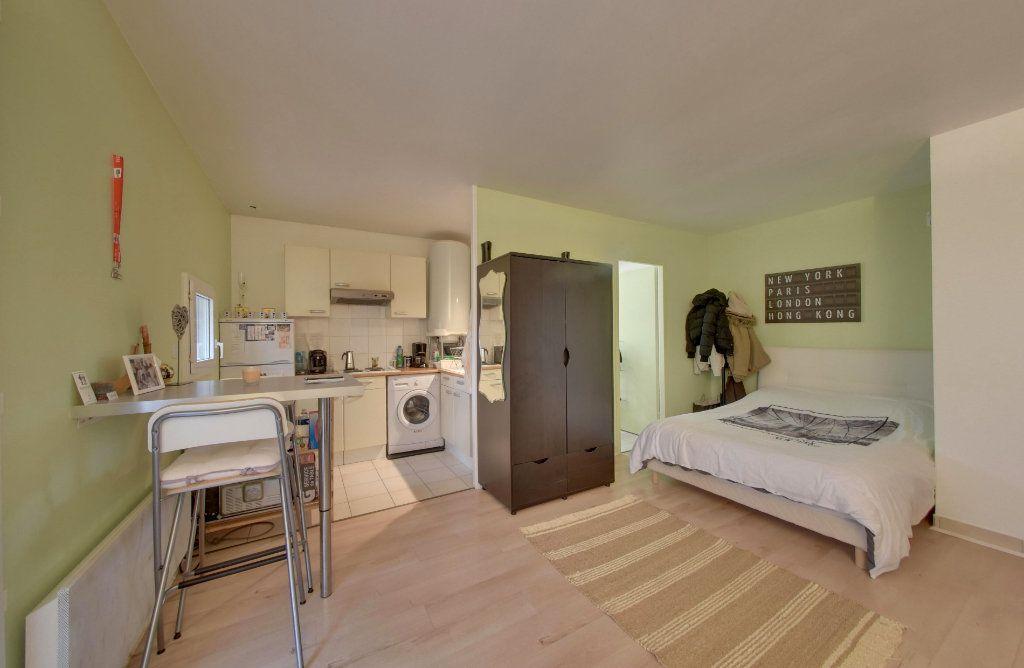 Appartement à vendre 1 30m2 à Thieux vignette-2