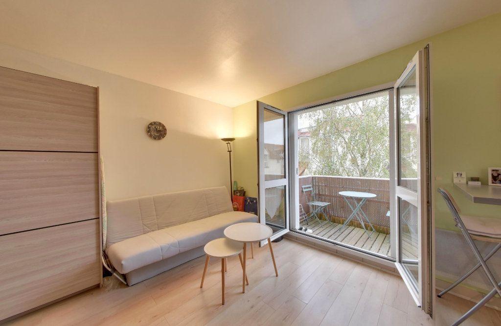 Appartement à vendre 1 30m2 à Thieux vignette-3