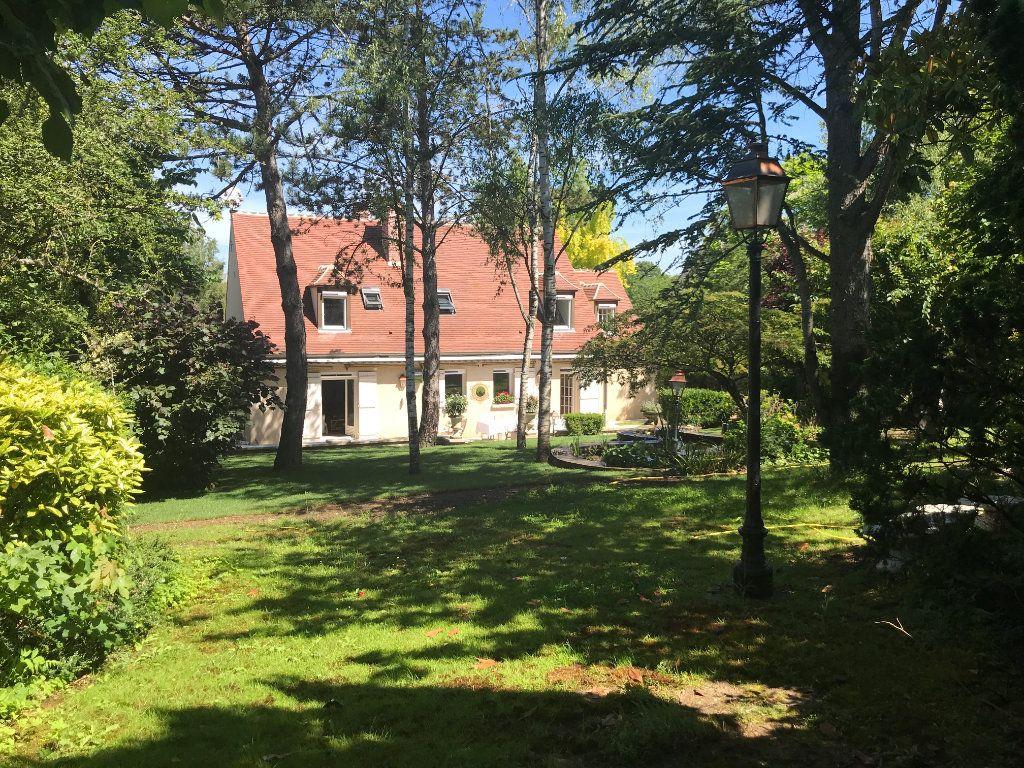 Maison à louer 6 169m2 à Senlis vignette-1