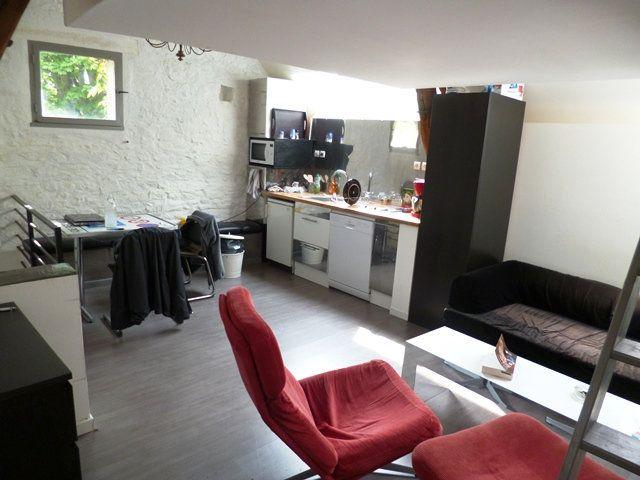 Appartement à louer 1 26.6m2 à Senlis vignette-3