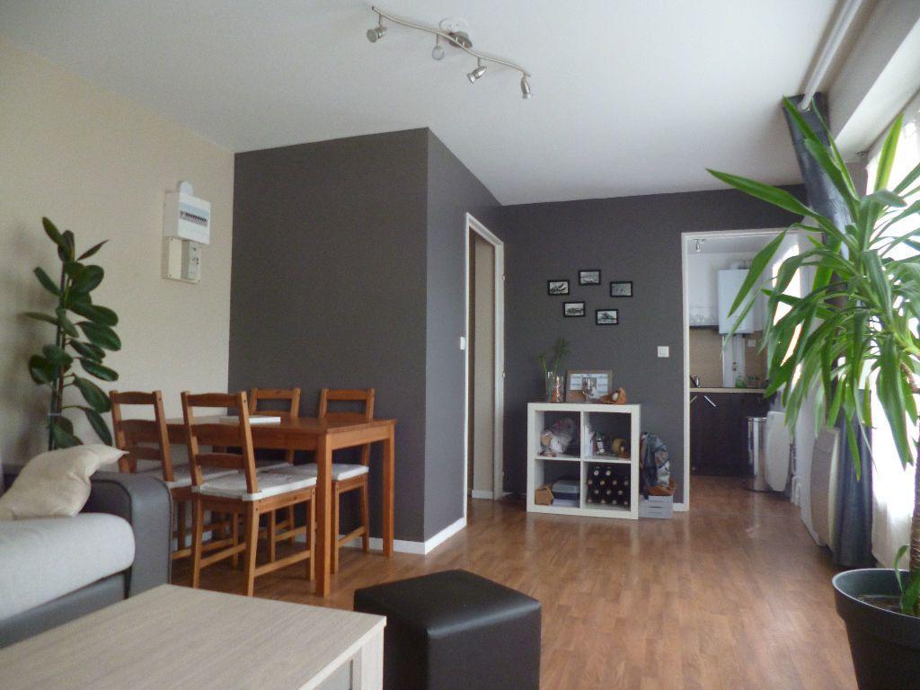 Appartement à vendre 1 28.15m2 à Senlis vignette-1