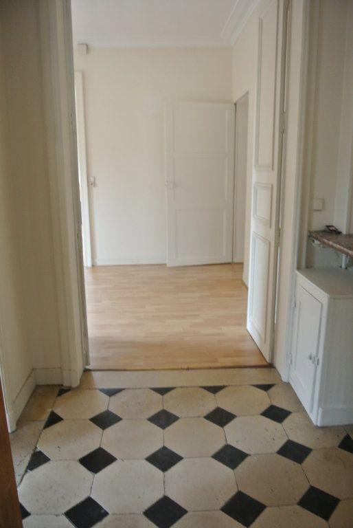 Appartement à louer 5 120m2 à Senlis vignette-7