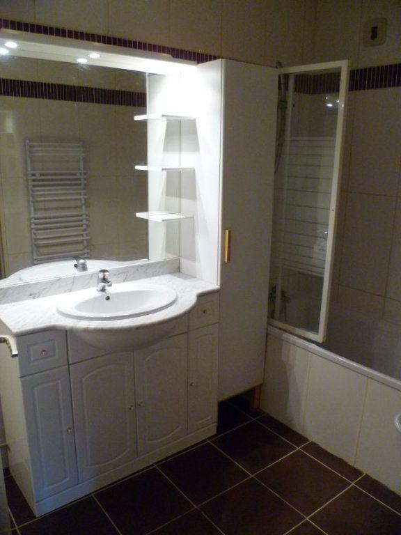 Appartement à louer 3 58.55m2 à Le Plessis-Belleville vignette-6