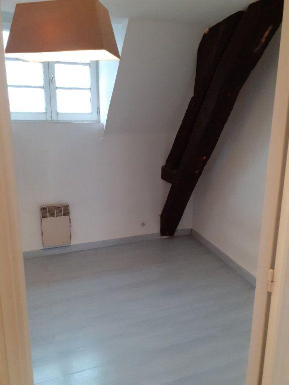 Appartement à louer 3 60.8m2 à Senlis vignette-2