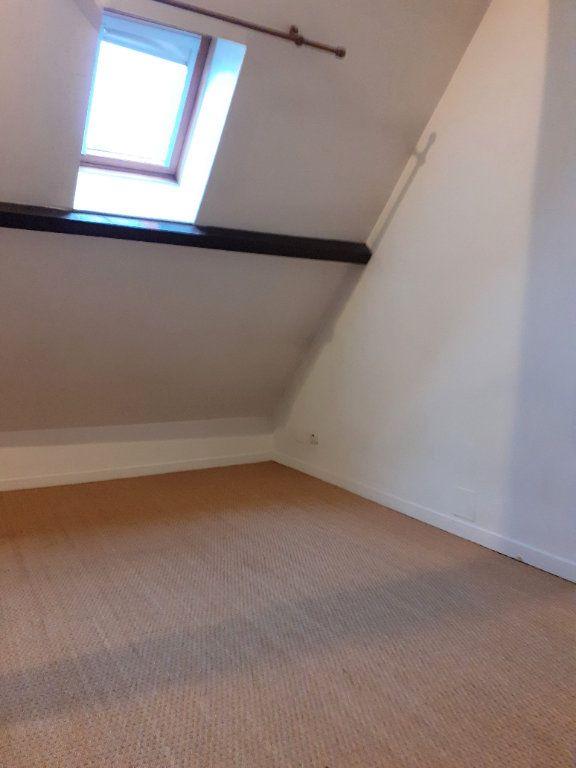 Appartement à louer 3 60.8m2 à Senlis vignette-3