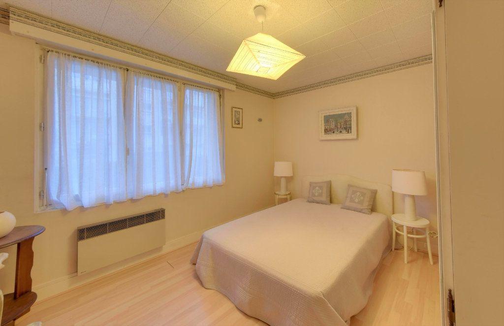 Appartement à vendre 3 65.73m2 à Senlis vignette-5