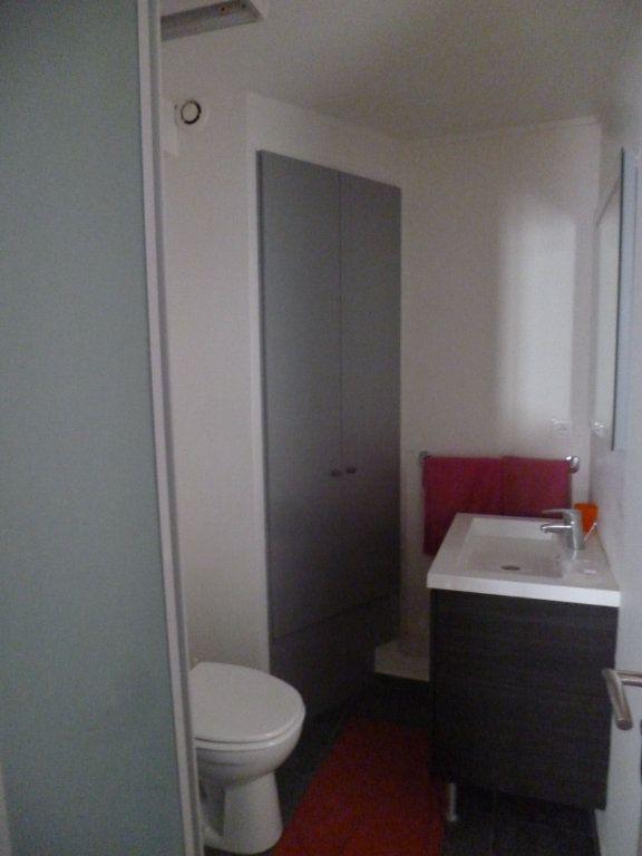 Appartement à louer 2 25.7m2 à Senlis vignette-5