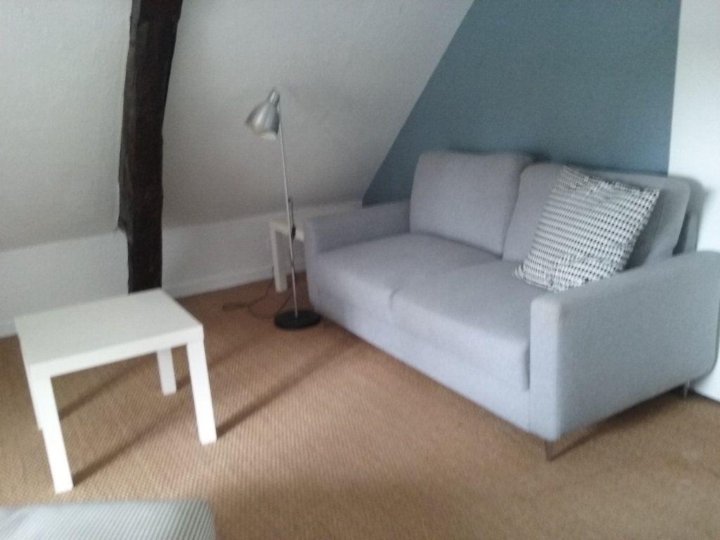 Appartement à louer 2 24.37m2 à Senlis vignette-1