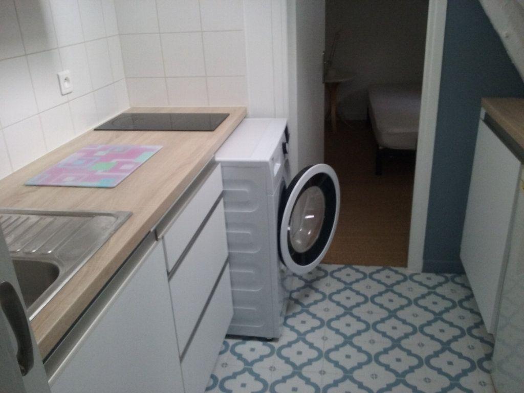 Appartement à louer 2 24.37m2 à Senlis vignette-2