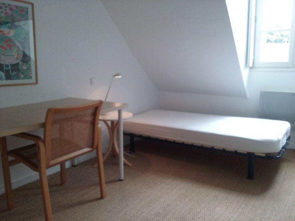 Appartement à louer 2 24.37m2 à Senlis vignette-3