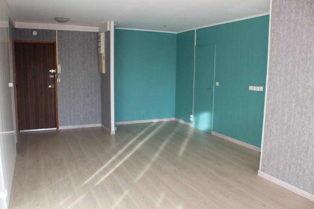Appartement à vendre 3 66.24m2 à Montataire vignette-2