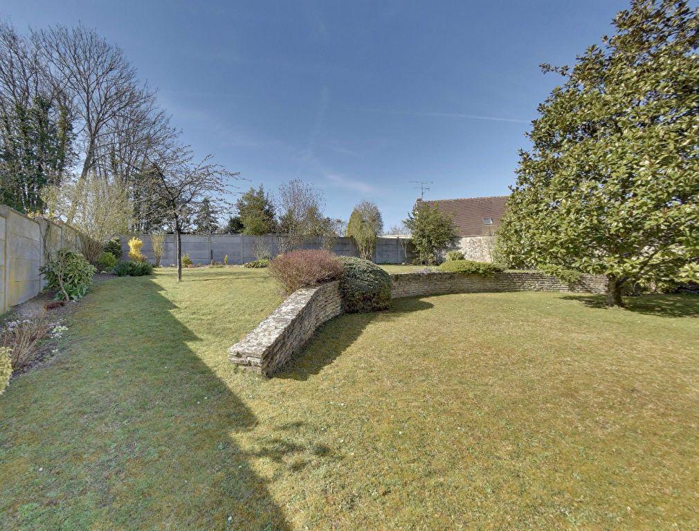 Maison à vendre 6 130m2 à Mortefontaine vignette-9