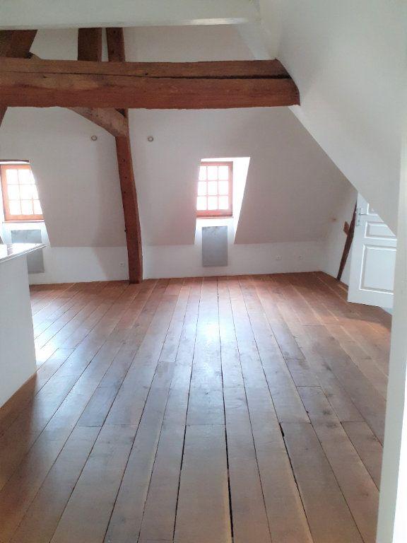 Appartement à louer 3 55.45m2 à Senlis vignette-2