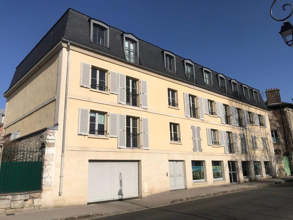 Appartement à vendre 3 89m2 à Senlis vignette-1